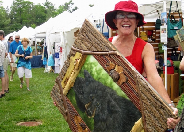 happy shopper with Amy Wald frame