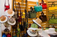 Canvas bags & hats by Jan Kleinrath